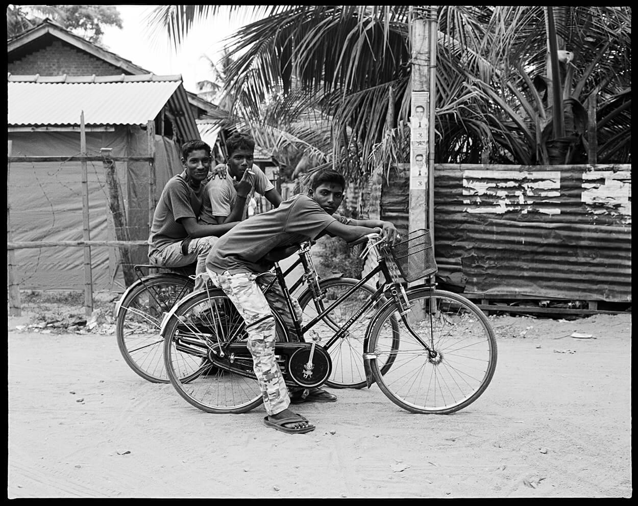 LOCAL MAFIA - A World Away - Hunter Barnes Photography
