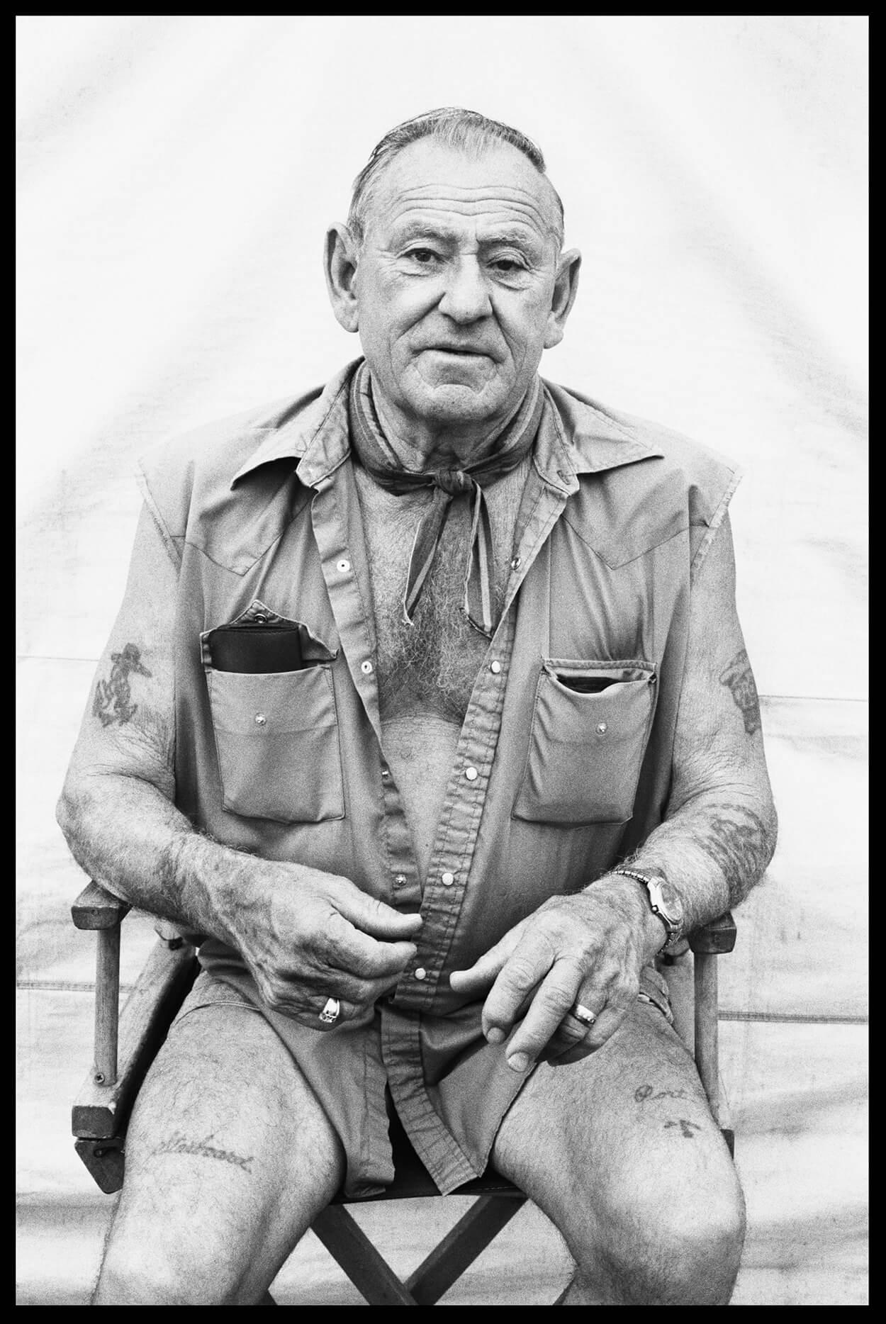 MAN WITH NO PANTS - Roadbook - Hunter Barnes Photography